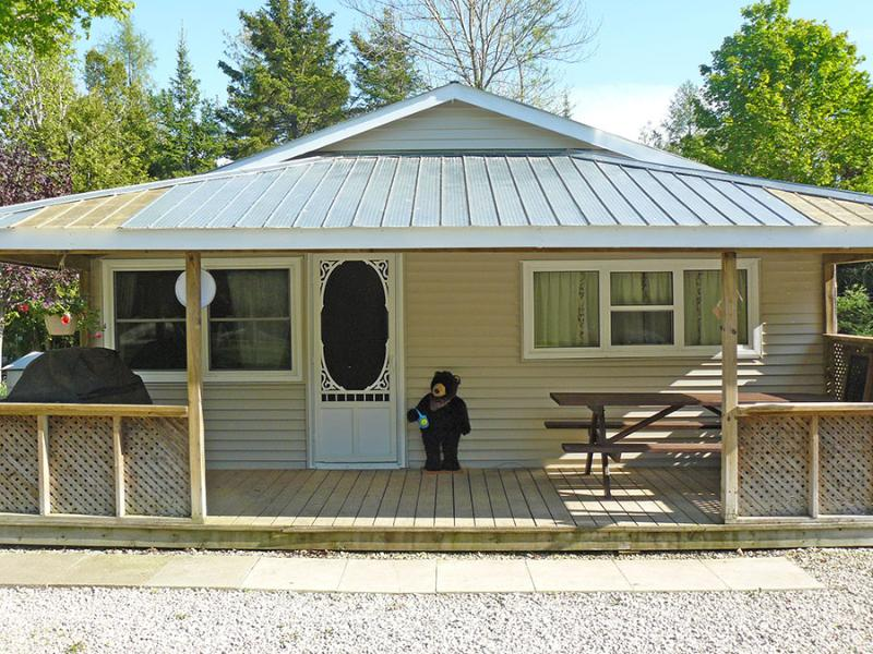 The Relax Shack cottage (#740) - Image 1 - Sauble Beach - rentals