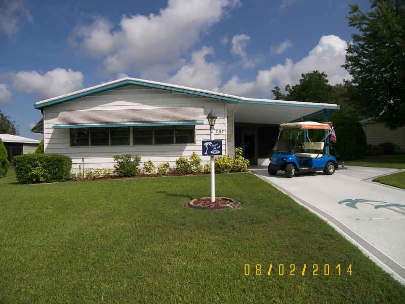 Front with Golf Cart View - The Villages Florida 2/2 Fully Furnished Turn Key - The Villages - rentals