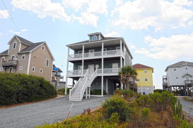 4426 Island Drive - Island Drive 4426 Oceanfront-B Lot! | Hot Tub, Elevator, Jacuzzi, Internet, Fireplace - North Topsail Beach - rentals