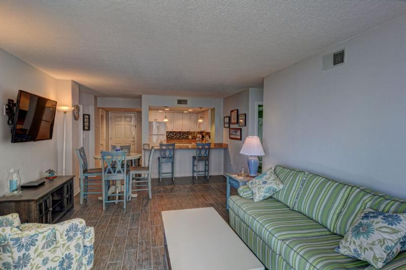Living Room - St. Regis 1213 -2BR_8 - North Topsail Beach - rentals