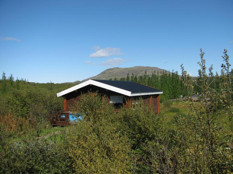 Summer view - Uthlid Economy Cottages - Geysir - rentals