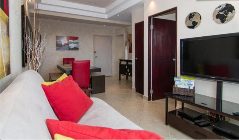 Very Comfortable living space. - San Juan, close to Condado/ Old San Juan/ Isla Ver - San Juan - rentals