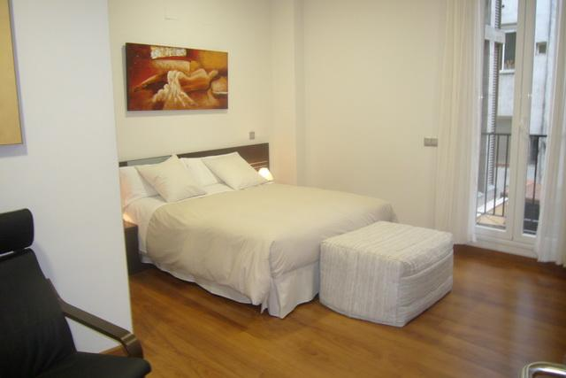 Madrid 2 bedroom Apartment Jardines 1D - Image 1 - Madrid - rentals