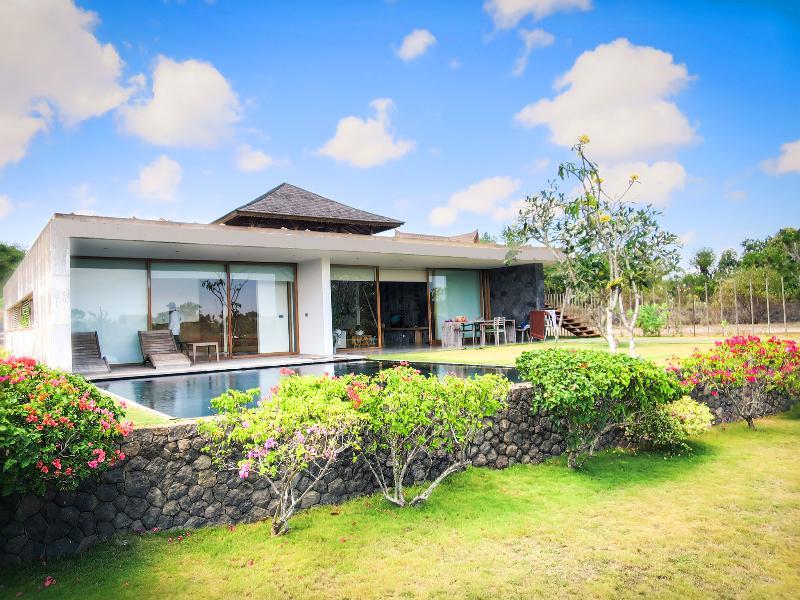 Villa Nakar - New 3br Jimbaran, Balangan Beach Front Villa! - Jimbaran - rentals
