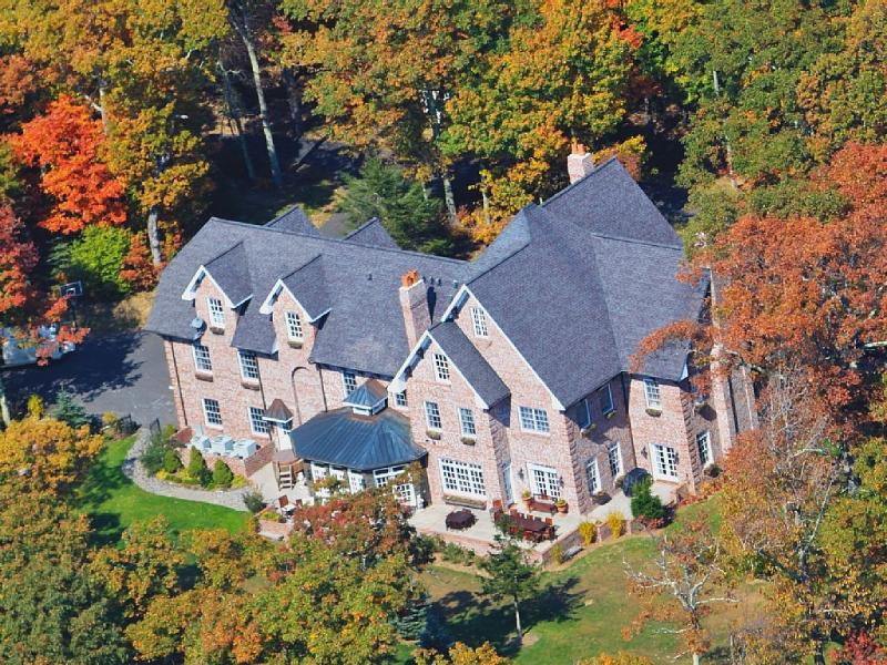 Overview of the Main House - Wedding Family Corporate* Mountain Estate - Boone - rentals