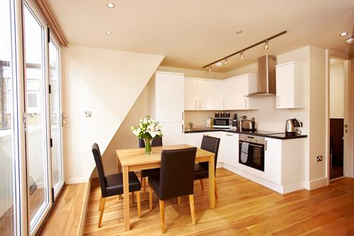 The West End 2 Bedroom 1 Bathroom Apartment - Image 1 - London - rentals