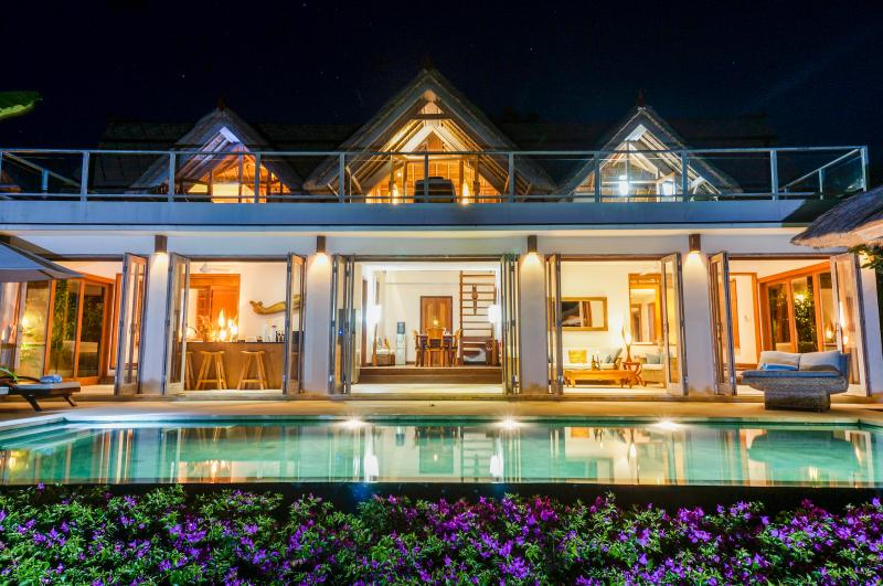 Villa Nusa at Night - Villa Nusa - Stunning private villa, Lembongan - Nusa Lembongan - rentals