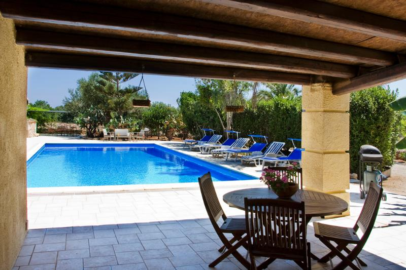 Patio and pool - VILLA PUNTA SECCA: Stunning sicilian villa with pr - Punta Secca - rentals