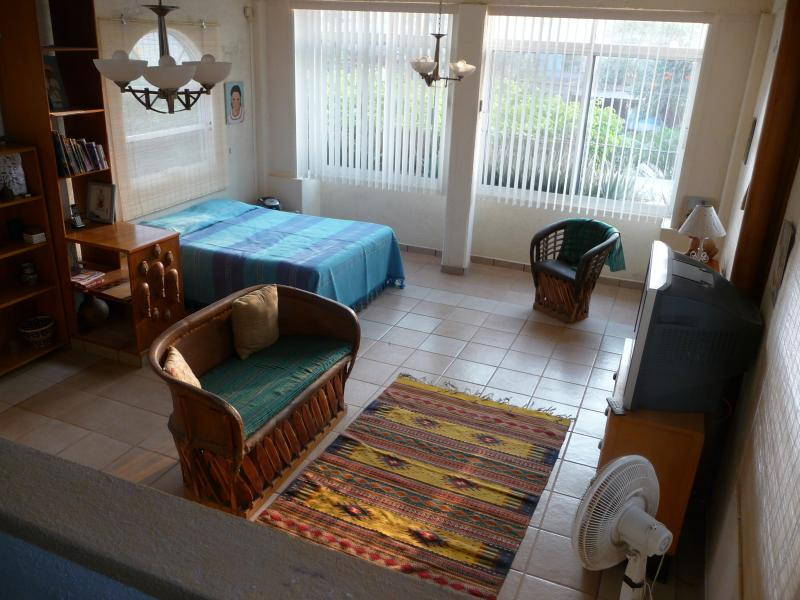 Master Suite - CHARMING TOWNHOME IN THE HEART OF MELAQUE - Melaque - rentals