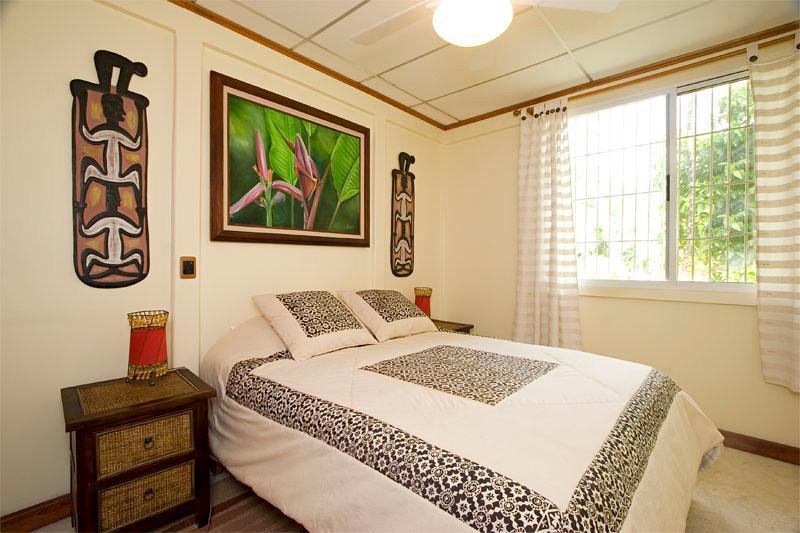 Bedroom - Robinson: Romantic Beachfront Bungalow - Punta Uva - rentals