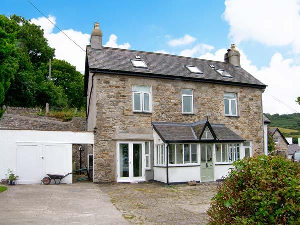 GORPHWYSFA, stone-built, detached property, woodburner, en-suite, garden, in Llanddona, Ref 20507 - Image 1 - Llanddona - rentals