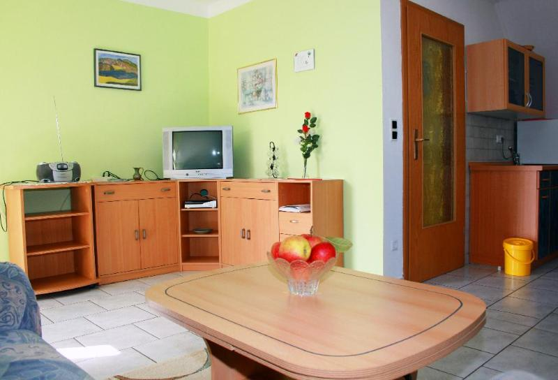 Vacation Apartment in Spalt - 732 sqft, comfortable, bright, quiet (# 5371) #5371 - Vacation Apartment in Spalt - 732 sqft, comfortable, bright, quiet (# 5371) - Spalt - rentals