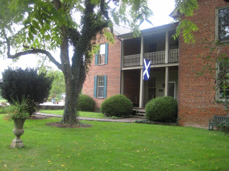 A wee bit o Scotland in the highlands of Virginia.  Nestled in a  peaceful private setting. - A Wee bit o Scotland in the highlands of Virginia - Glade Spring - rentals