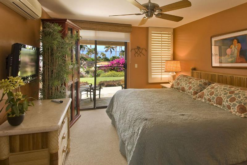 Master Bedroom has King Select Comfort bed, a private ocean view lanai - Ekahi 20A  Ground Floor Ocean view Lower Village - Wailea - rentals