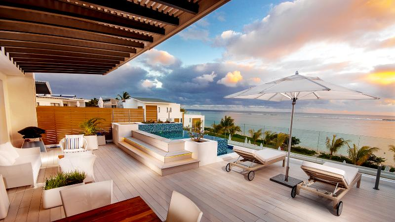 Cap Ouest Penthouse, Flic en Flac, Mauritius - Image 1 - Flic En Flac - rentals