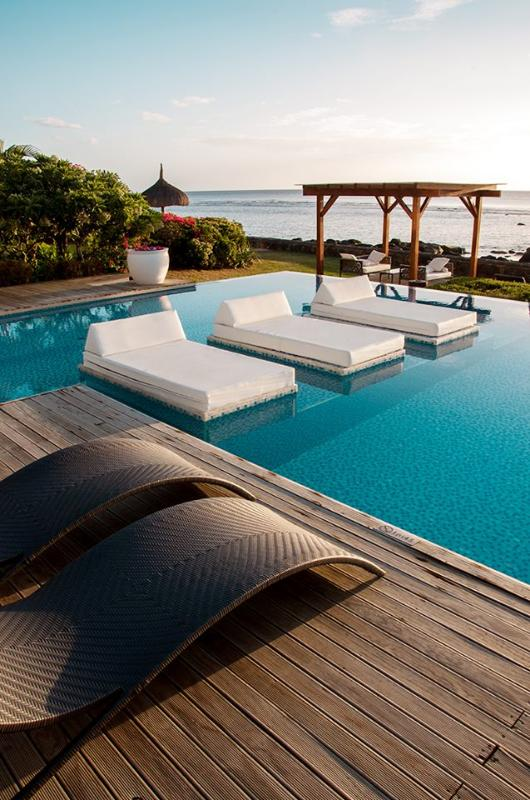 Leora Beach Luxury Suite by Dream Escapes - Image 1 - Tamarin - rentals