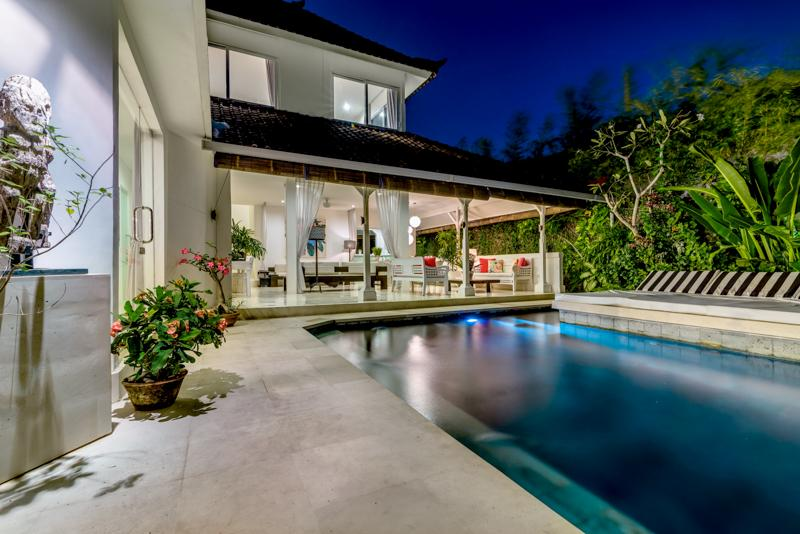 Villa 2 at night - Bali Villas R us - Seminyak 2 x 3 bedroom chic villas sleeps up to 16 - Seminyak - rentals