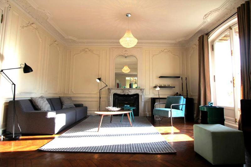 The Living Room - Louvre Luxury: 3 bedrooms and terrace, 1450 sq.ft - Paris - rentals