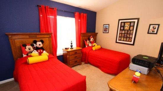 3 Bedroom 3 Bathroom Town Home With Pool and Mickey And Minnie Themed Bedroom. 7669SKC - Image 1 - Orlando - rentals