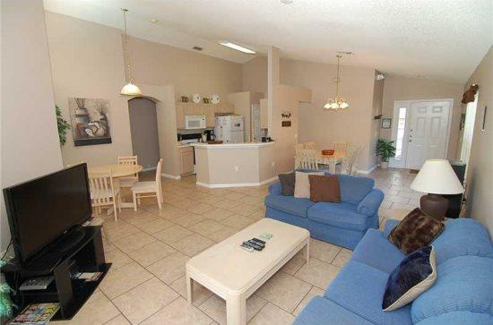 4 Bedroom 3 Bathroom Villa in Golfing Community. 1344RD - Image 1 - Orlando - rentals
