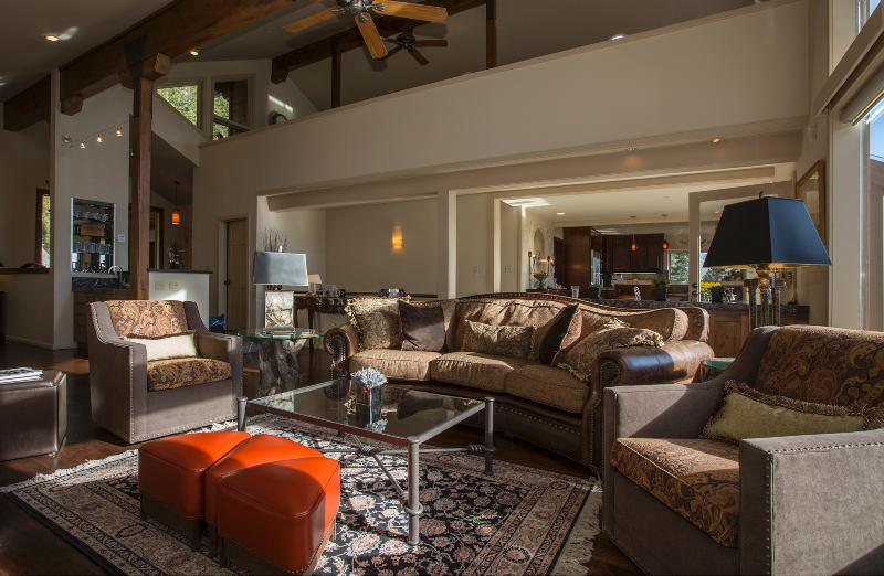 Main Livin Area - Lake View Home in Prestigious Neighborhood with Ho - Incline Village - rentals