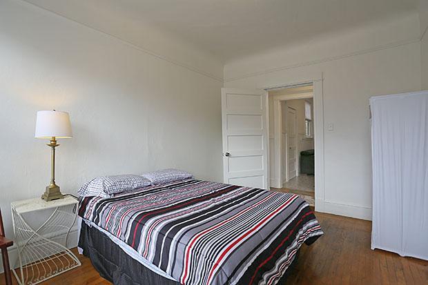 Bedroom 1 - Top Floor Furnished 2BR/1BA  Nob Hill Great Value! - San Francisco - rentals