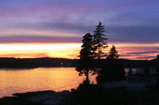 How Atlantic Sunset got its name - fine westerly views of Boothbay Harbor and its magical sunsets - ATLANTIC SUNSET| SPRUCE POINT | OCEAN FRONT - Boothbay Harbor - rentals