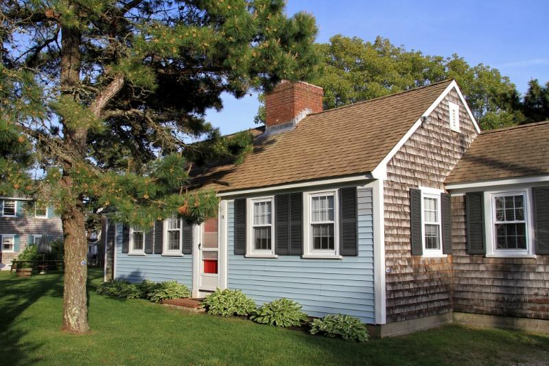 Dennis Seashores Cottage 21 - 3BR 1.5BA - Image 1 - Dennis Port - rentals