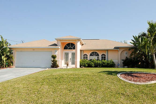 Front Villa Florida Feeling - Villa Florida Feeling Cape Coral FL / SW Area Pool - Cape Coral - rentals