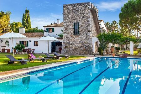 Masia Pairal - Magnificent manor house with pool, 2 minute drive to town of San Pere de Ribes - Image 1 - Sitges - rentals