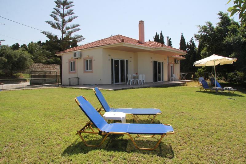 Helidonia Villas, SEA BREEZE-Rethymno city center - Image 1 - Rethymnon - rentals