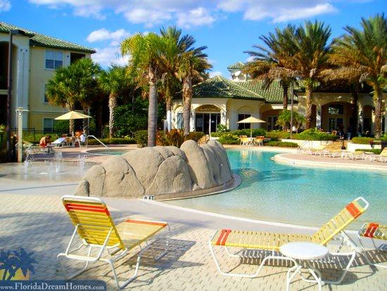 Huge Community Pool Right In Front Of Your Home - 37587 - Kissimmee - rentals