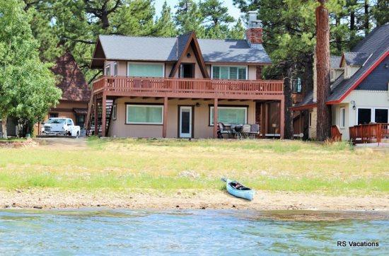 NEW!! Modern Lakefront Combo: Updated Lakefront Dual-Cabin. Sleeps 7. - Image 1 - Big Bear City - rentals