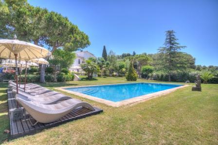 CAN PARÈS magical villa, 20 sleeps, Sitges, BCN - Image 1 - Sant Pere de Ribes - rentals