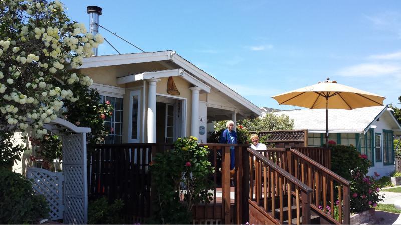 A sunny & shady front deck is a delightful way to enjoy the quiet neighborhood - Bucks Beach Bungalow-7doors to Beach, Hot Tub etc - Santa Cruz - rentals