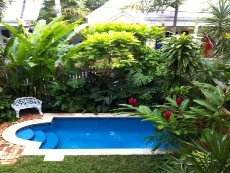 Key West Garden House - Image 1 - Key West - rentals