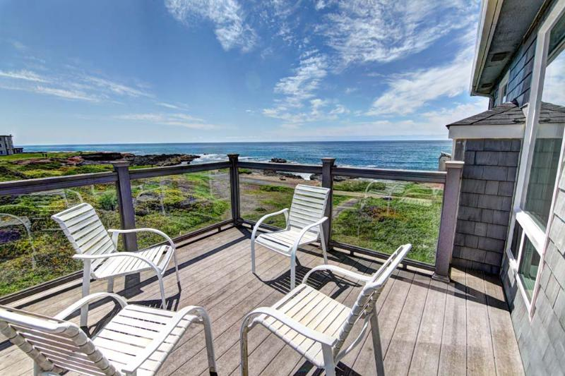 OceanFront Home Hot Tub Sleeps up to 16 - Image 1 - Yachats - rentals