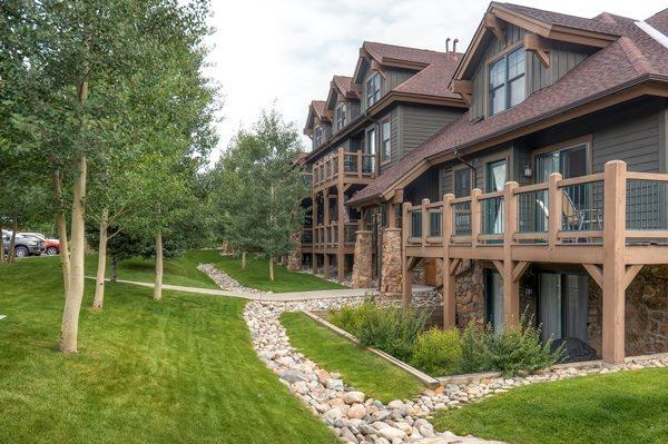 Located next to the Jack Nicklaus designed 27-hole Breckenridge Golf Club. - Highland Greens Lodge 303 - Breckenridge - rentals