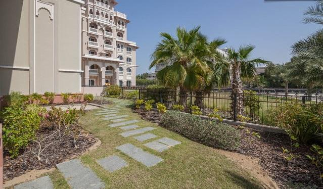 2 BD with Private Garden, Palm Jumeirah! - Image 1 - Dubai - rentals