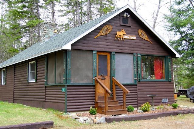 Exterior of Cottage - Rangeley Manor 7-110 - Rangeley - rentals