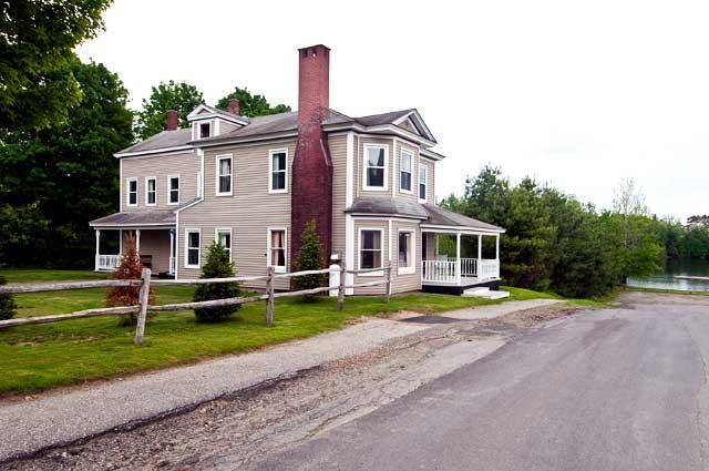 Exterior - Village Walk - Rangeley - rentals