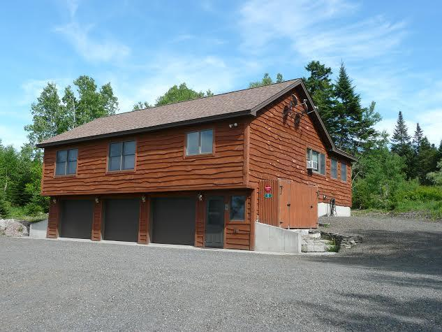 Front right view - Murzyn - Rangeley - rentals
