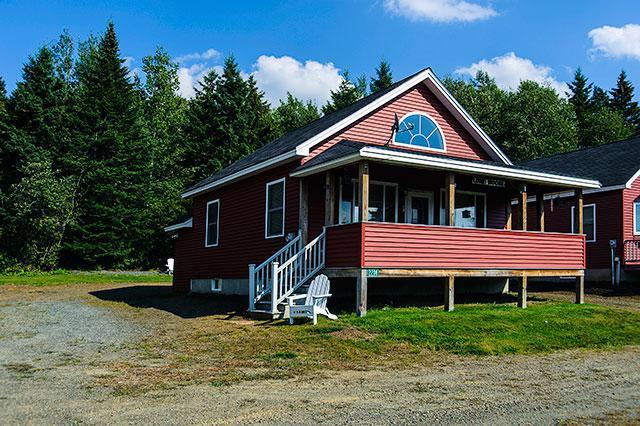 Exterior - Lone Moose - Rangeley - rentals