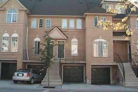 3 Bedroom Townhouse in the heart of Miss, ON - Image 1 - Mississauga - rentals