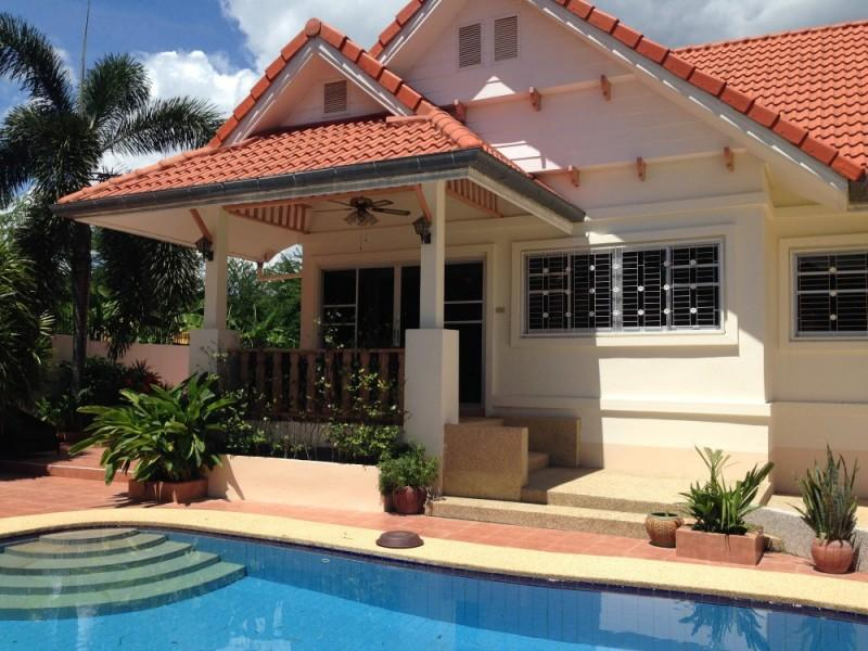 Villas for rent in Hua Hin: V5312 - Image 1 - Hua Hin - rentals