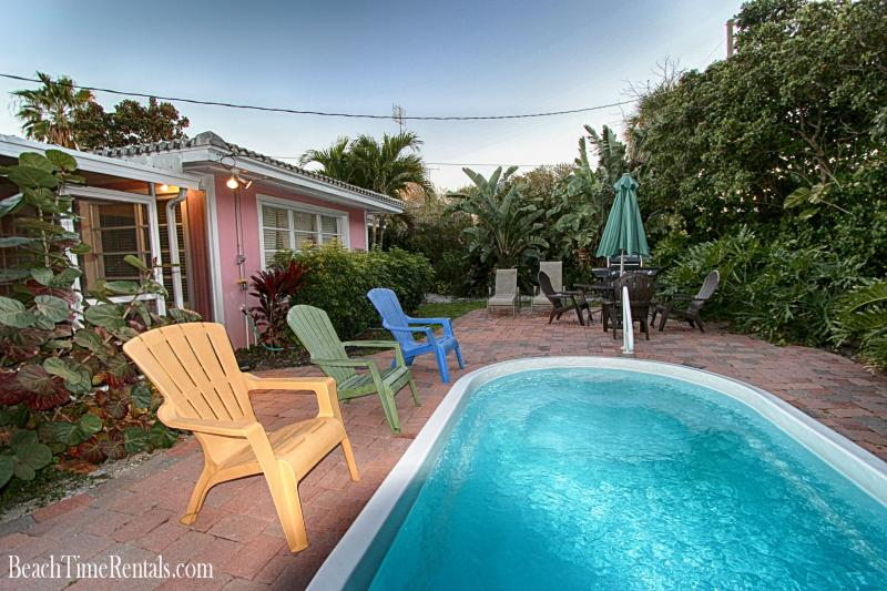 Sea Breeze Beach House - Private Pool - 3 Bdrs - Image 1 - Clearwater - rentals