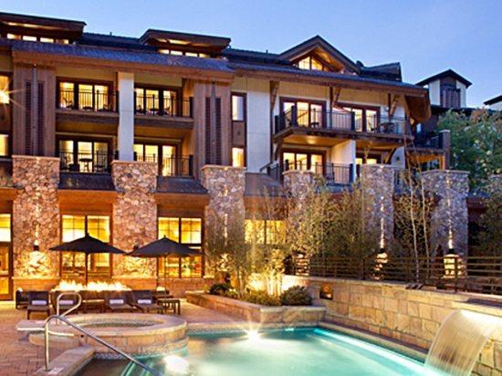 Central Vail Village location with heated pool and jacuzzi - Boutique hotel in the heart of Vail Village. The Sebastian Hotel has luxurious accommodations, gourmet kitchens, and comfortable baths - Vail - rentals