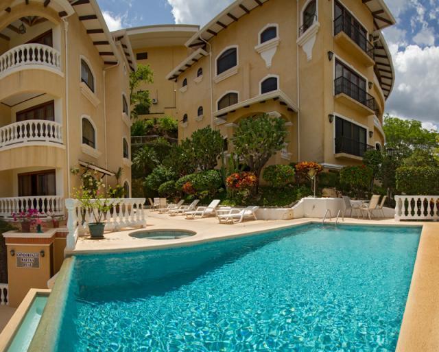 Infinity pool with jacuzzi - Marina Real Penthouse - Playa Flamingo - rentals