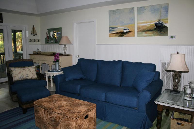 Living Area - Beautiful  Cottage w/Full Resort Priv. Lagoon View - Kiawah Island - rentals