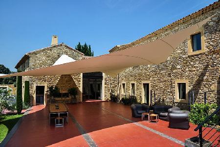 Provencal Farmhouse, Le Mas de So with Heated Swimming Pool, Sauna, Tennis Court - Image 1 - Laudun - rentals